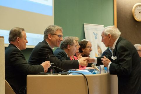 Olav Fykse Tveit and IOM Director General Ambassador William Lacy Swing